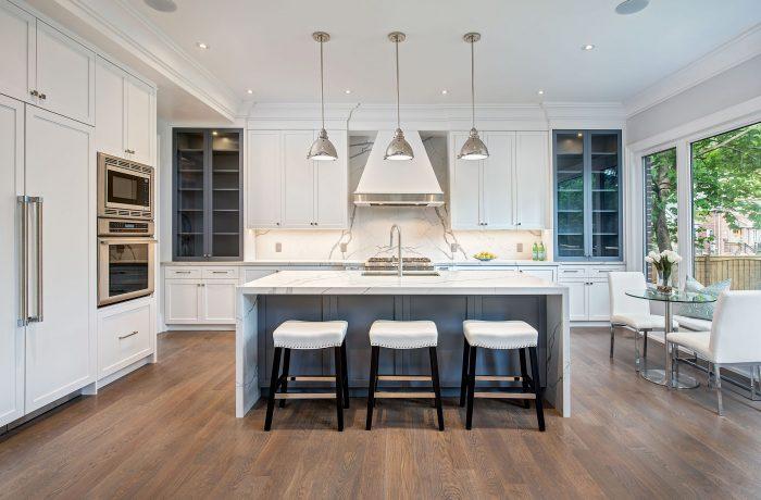 Luxury Kitchen in Mid Town Toronto